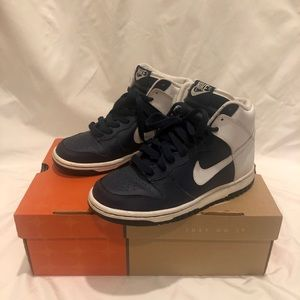 Nike Dunk High's in Navy Blue and White